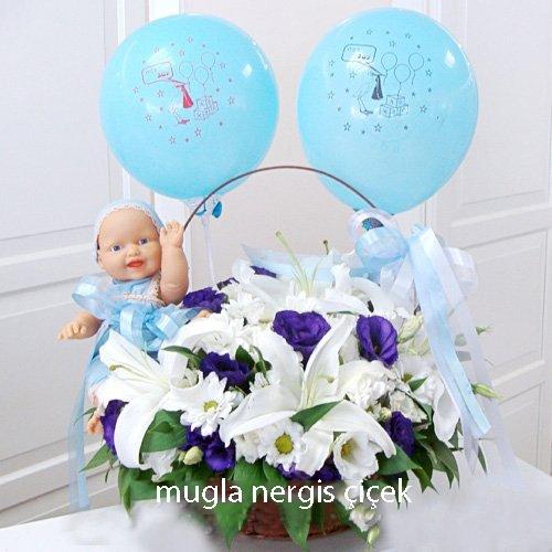 Mavi bebek aranjmanı