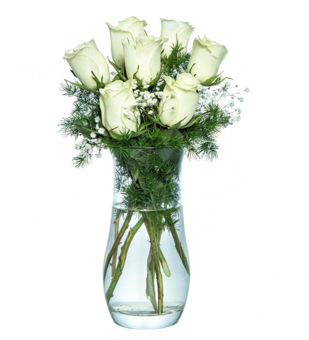 Cam vazoda 7 beyaz gül