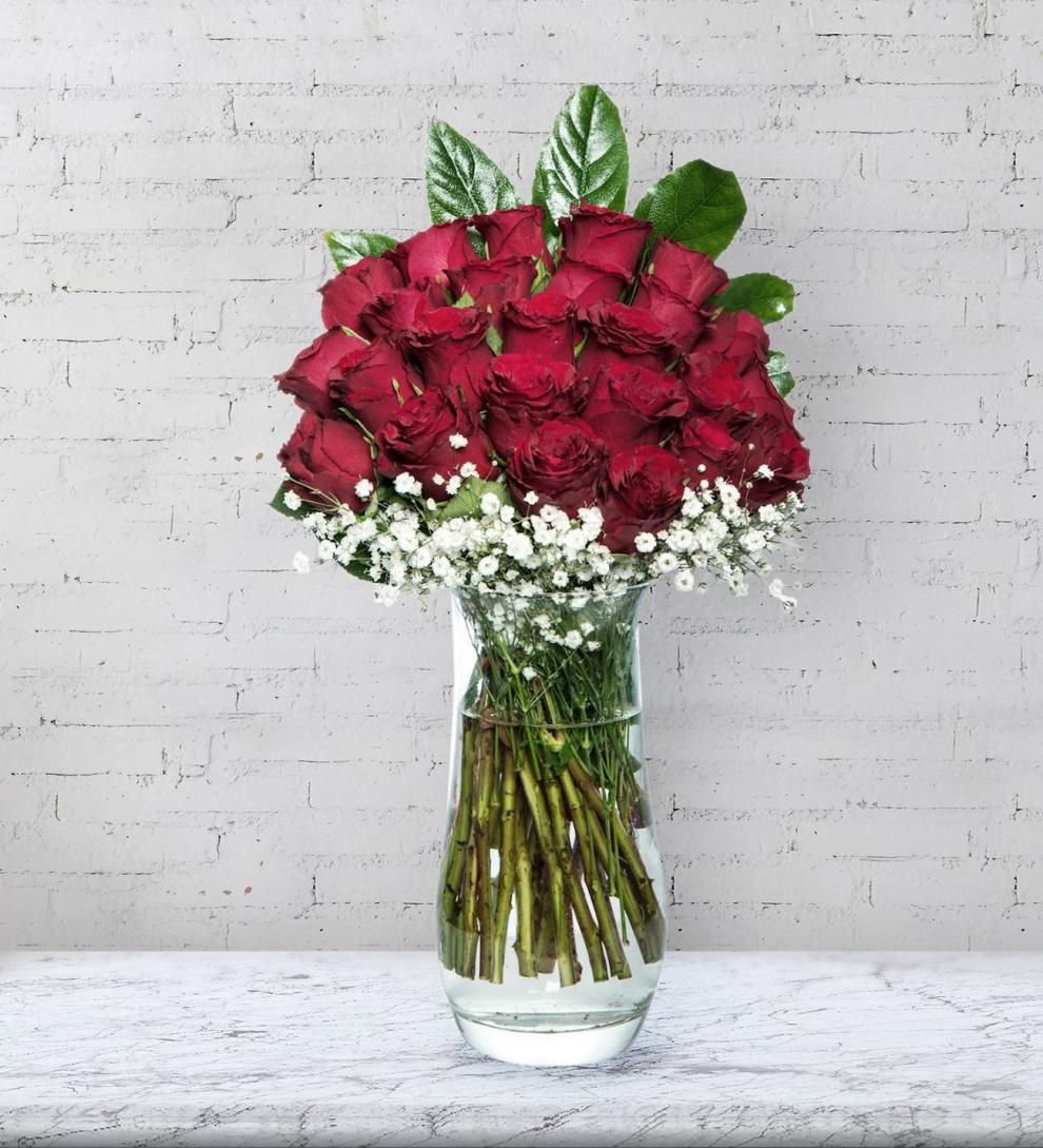 Vazoda 25 kırmızı gül Aşkı