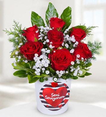 Seni seviyorum vazoda 7 kırmızı gül