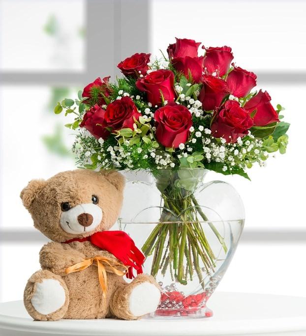 Kalp camda kırmızı güller+ayıcık